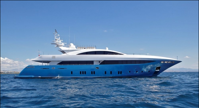 LADY DOMINIQUE II 62